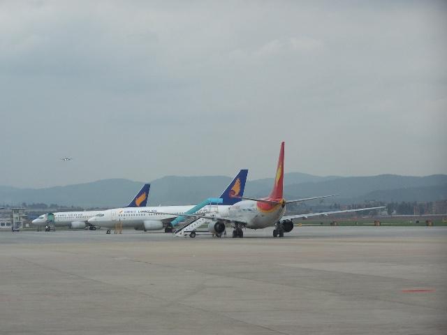 昆明机场的飞机