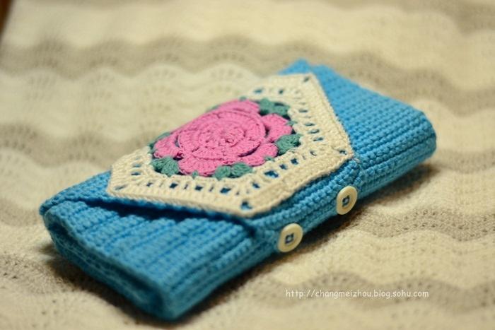 浅浅蓝,红花花 钩针包 我爱手工编织 时尚生活 搜狐圈子 高清图片
