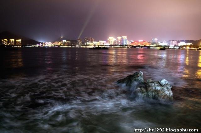 三亚大东海风景区夜景;
