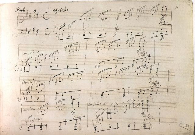 月光曲的钢琴谱谱是什么 啊啊啊 钢琴谱