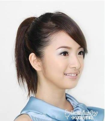 齐刘海直发发型扎法 扎出时尚百