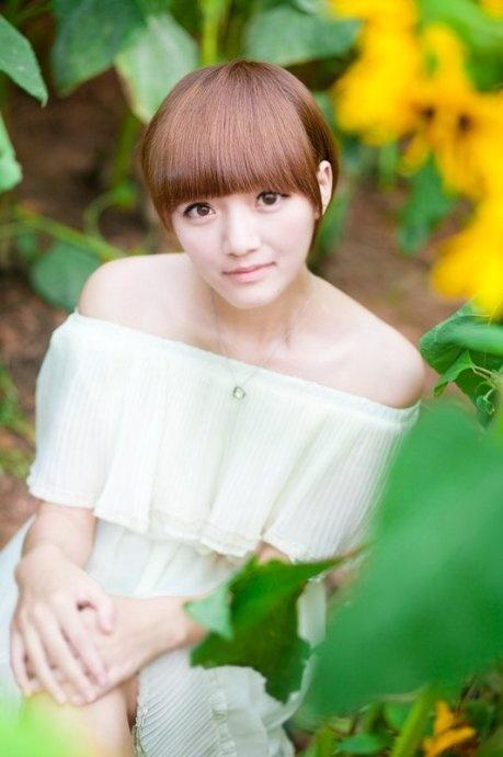 戴梦清新的脸宠,曾文佩甜美的笑容,很萌很可爱哟