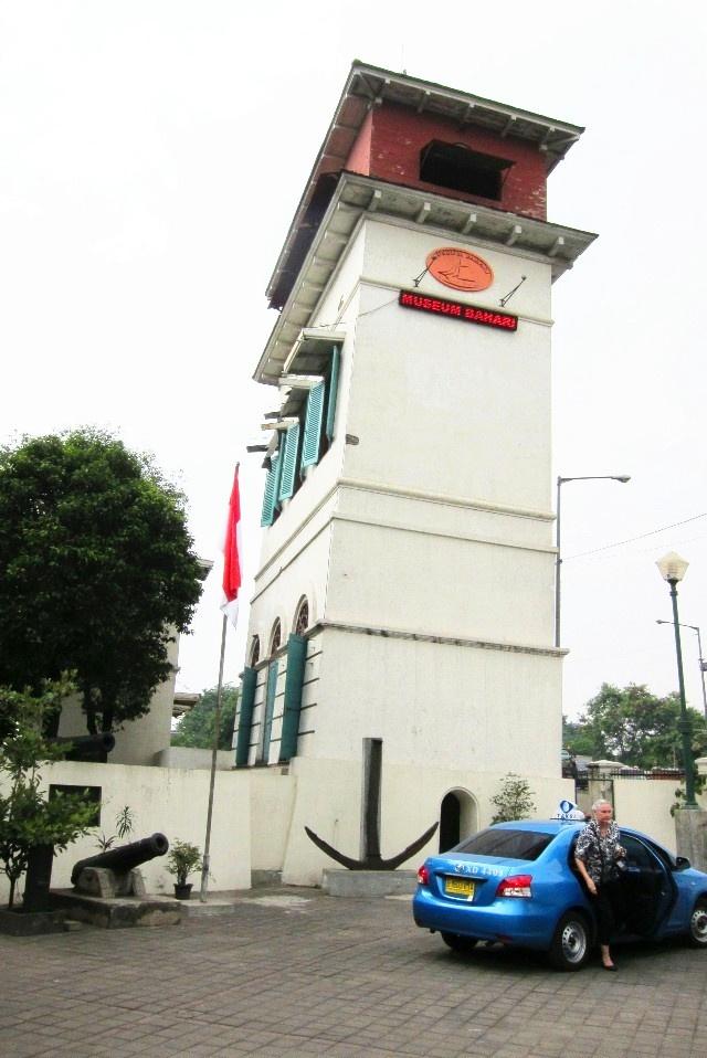 走马观花雅加达(2-1):古瞭望塔