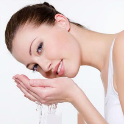 白醋洗脸的正确方法